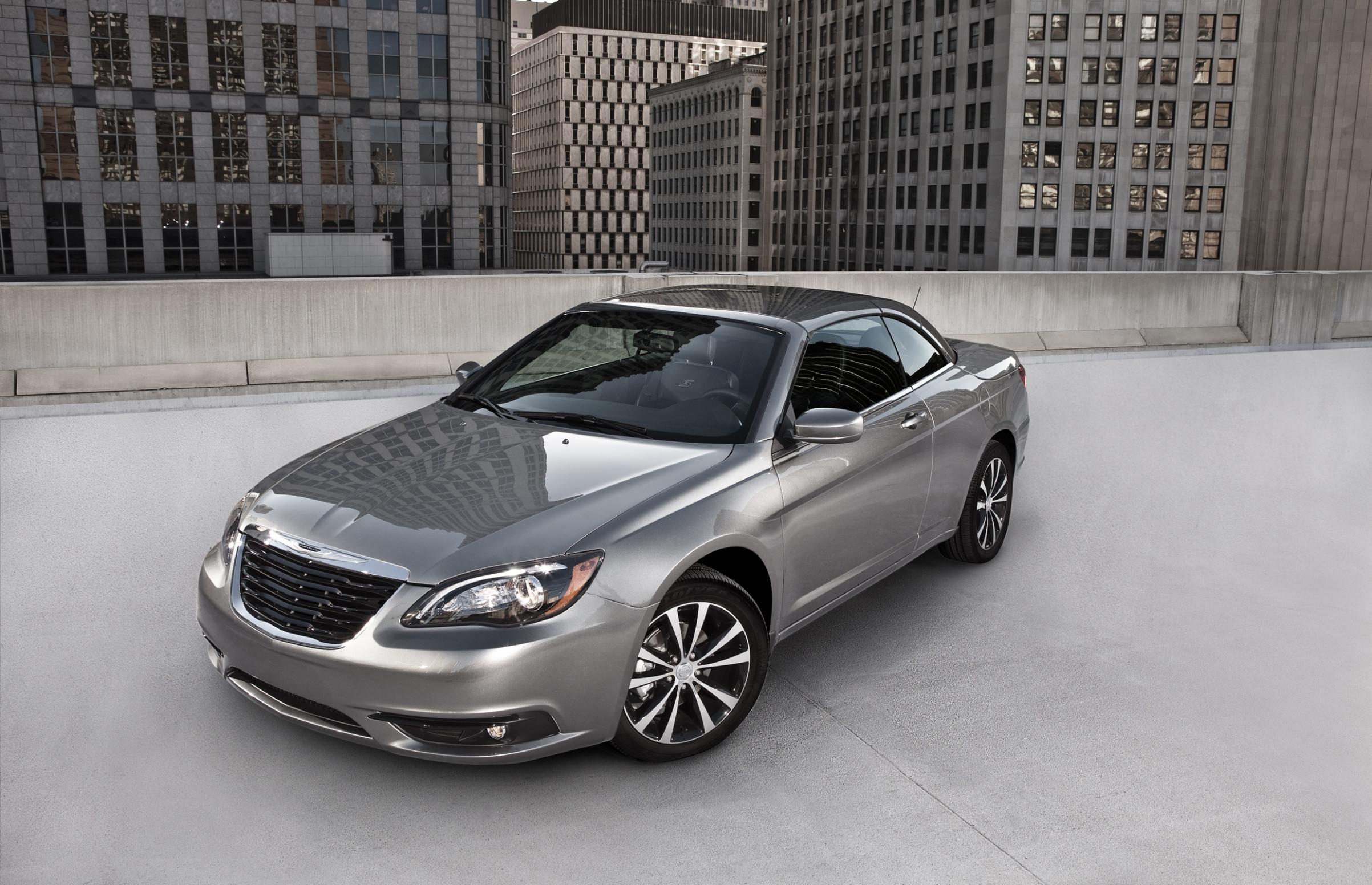 Interior 2022 Chrysler 200 Convertible