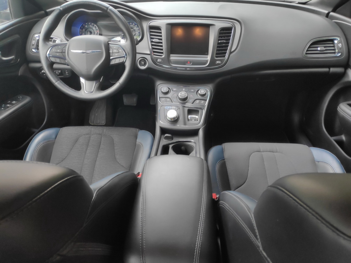 Specs and Review 2022 Chrysler 200