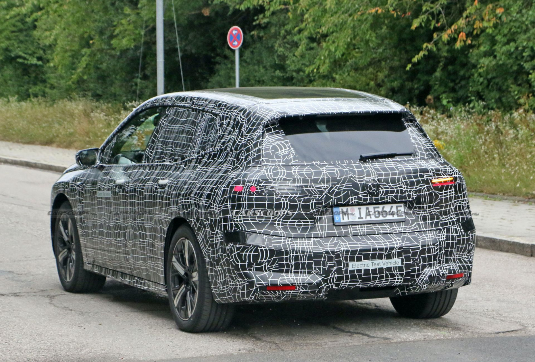 Wallpaper BMW Electric Suv 2022