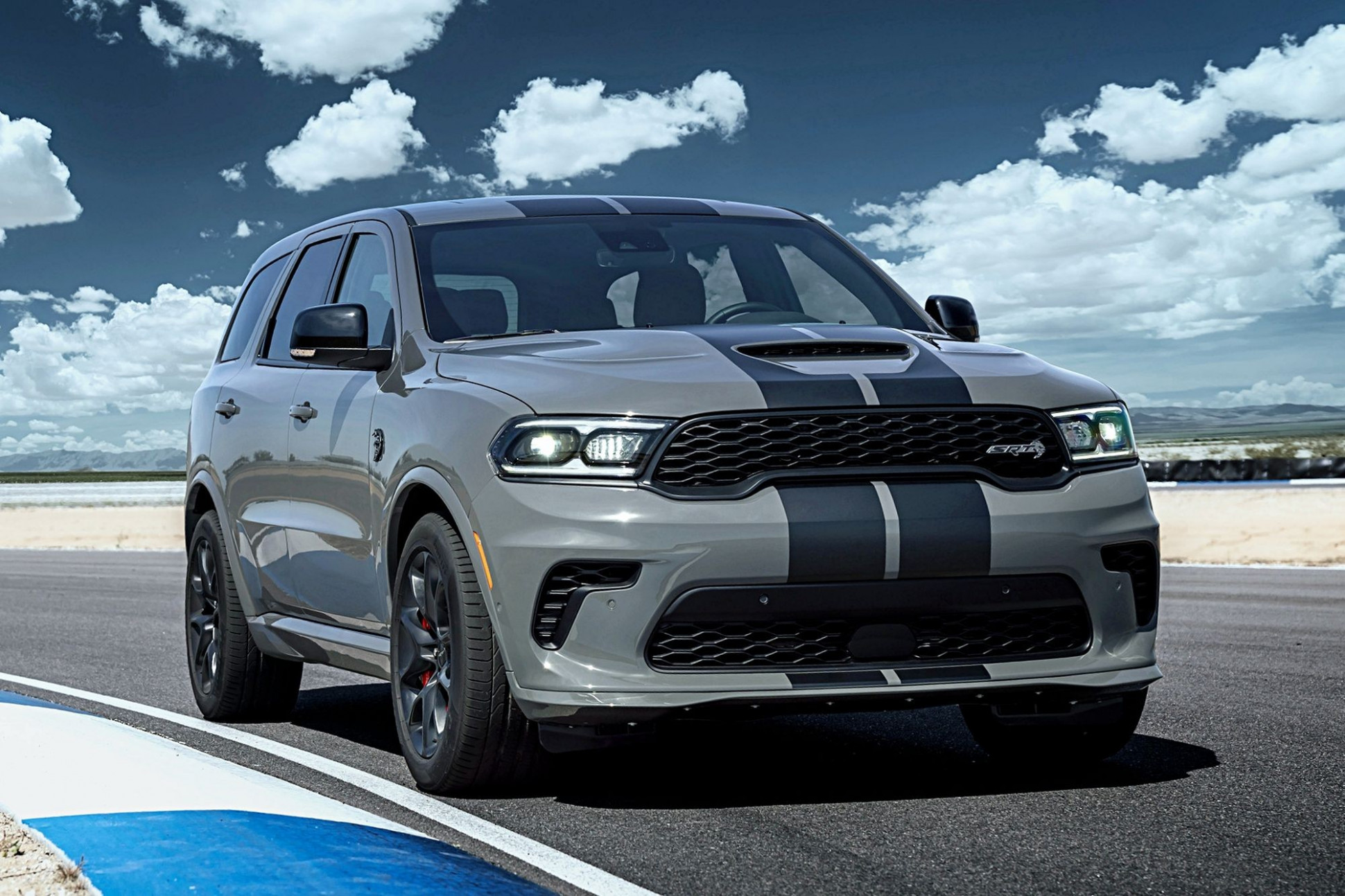 Pictures Ford Durango 2022