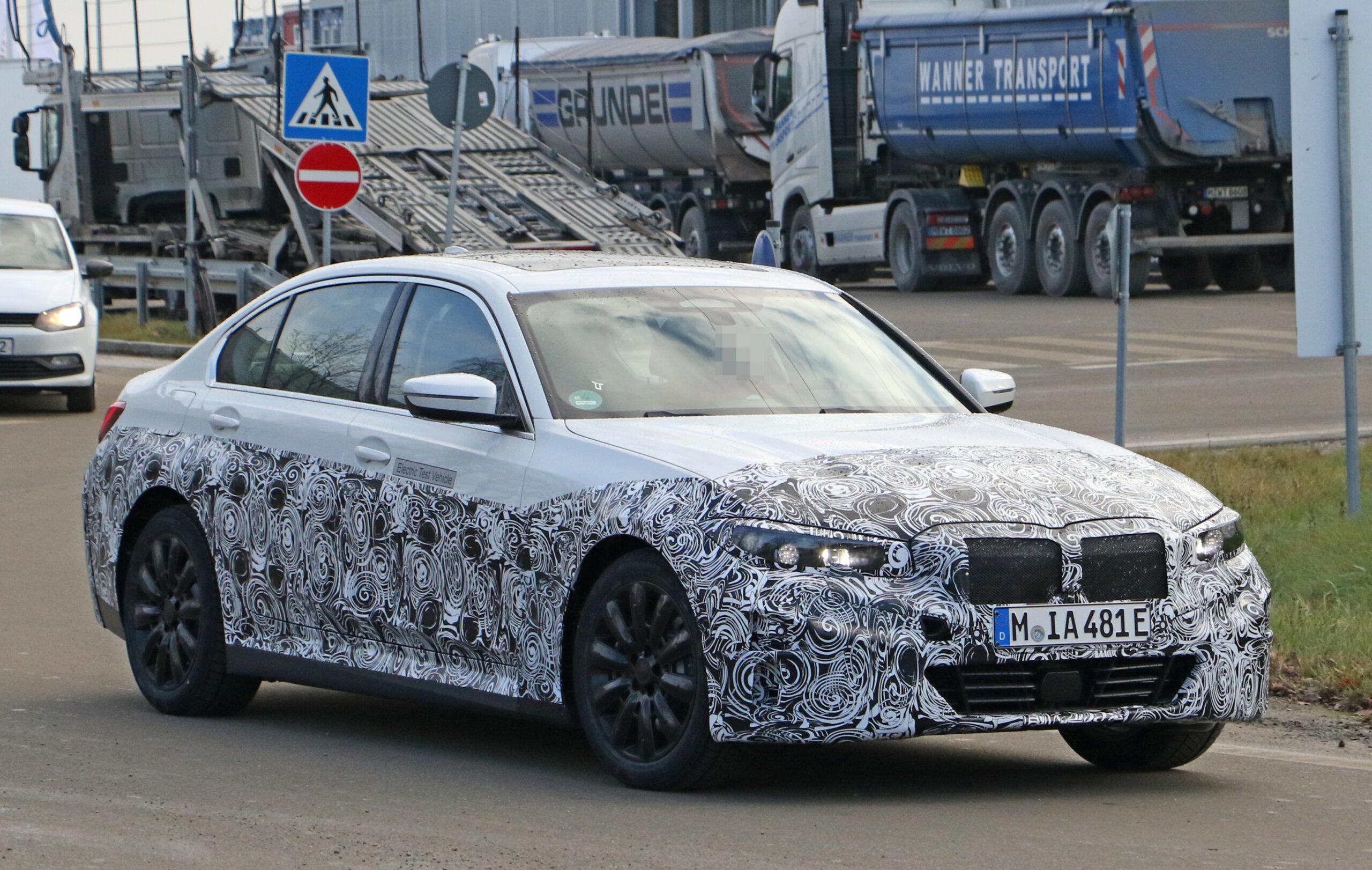 Model 2022 BMW 3 Series