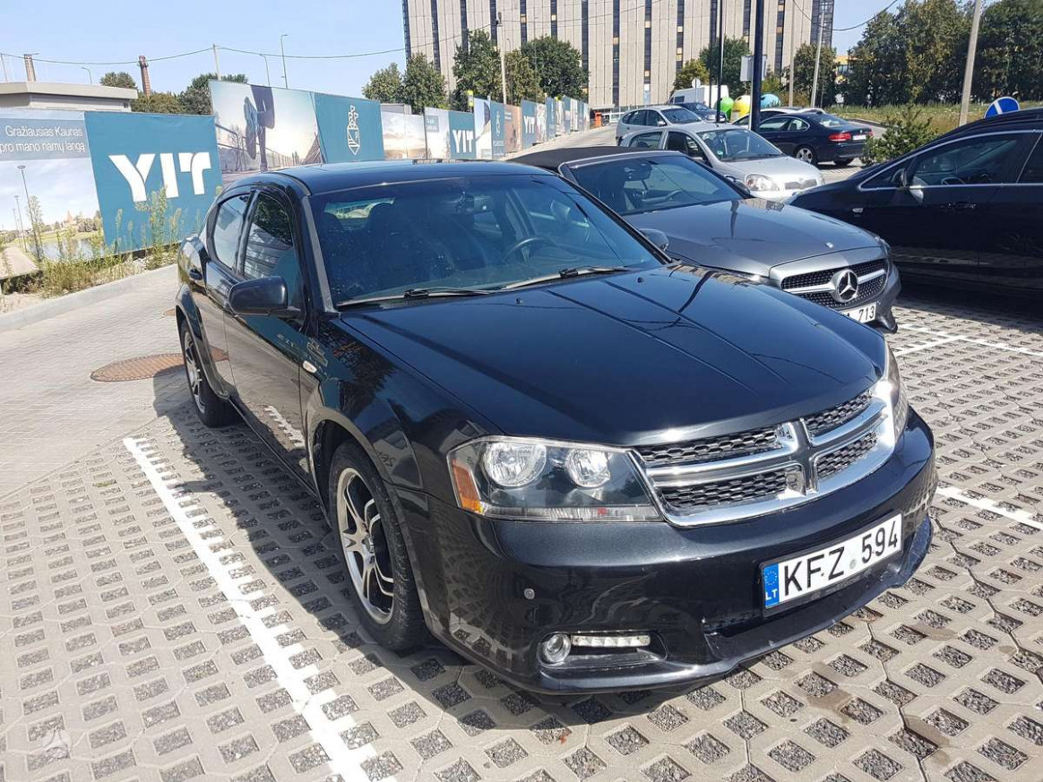 Specs and Review 2022 Dodge Avenger