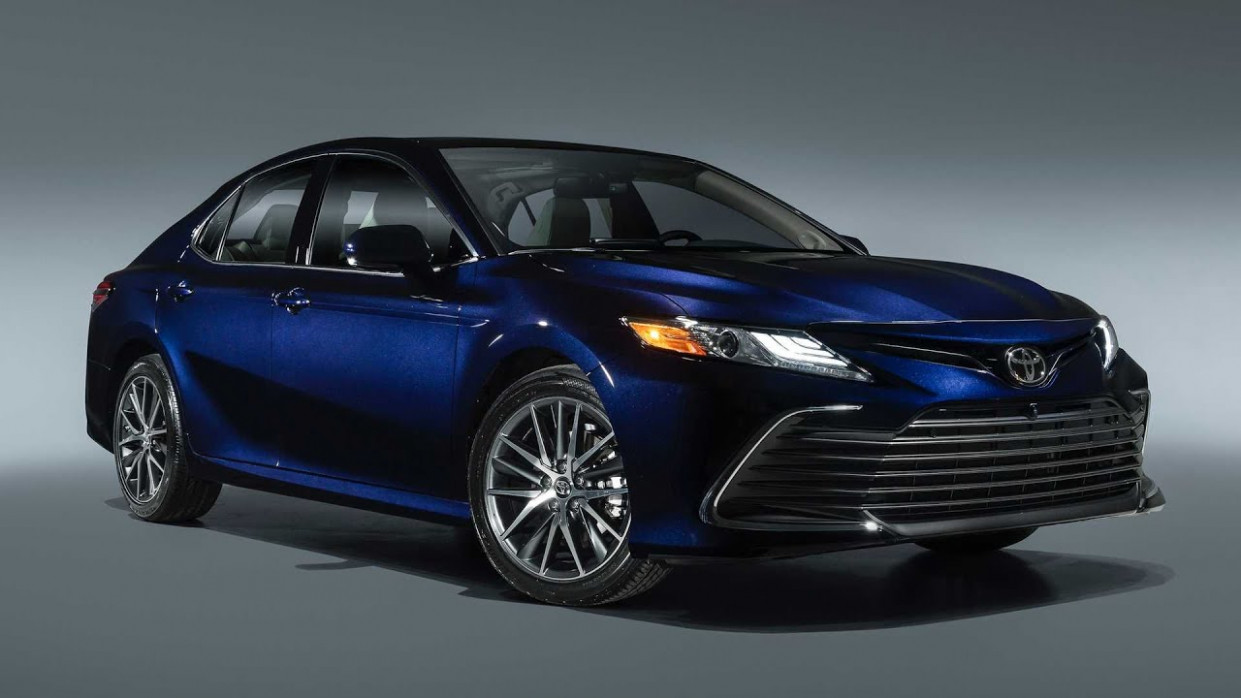 Exterior and Interior 2022 Toyota Camry Se Hybrid