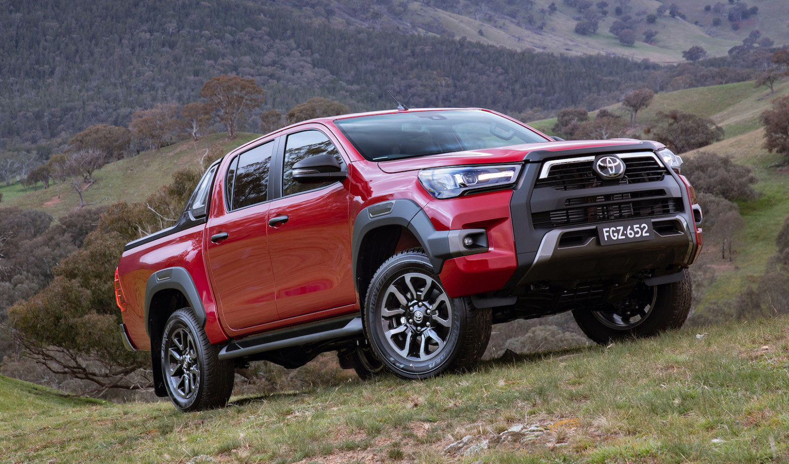 Ratings 2022 Toyota Hilux