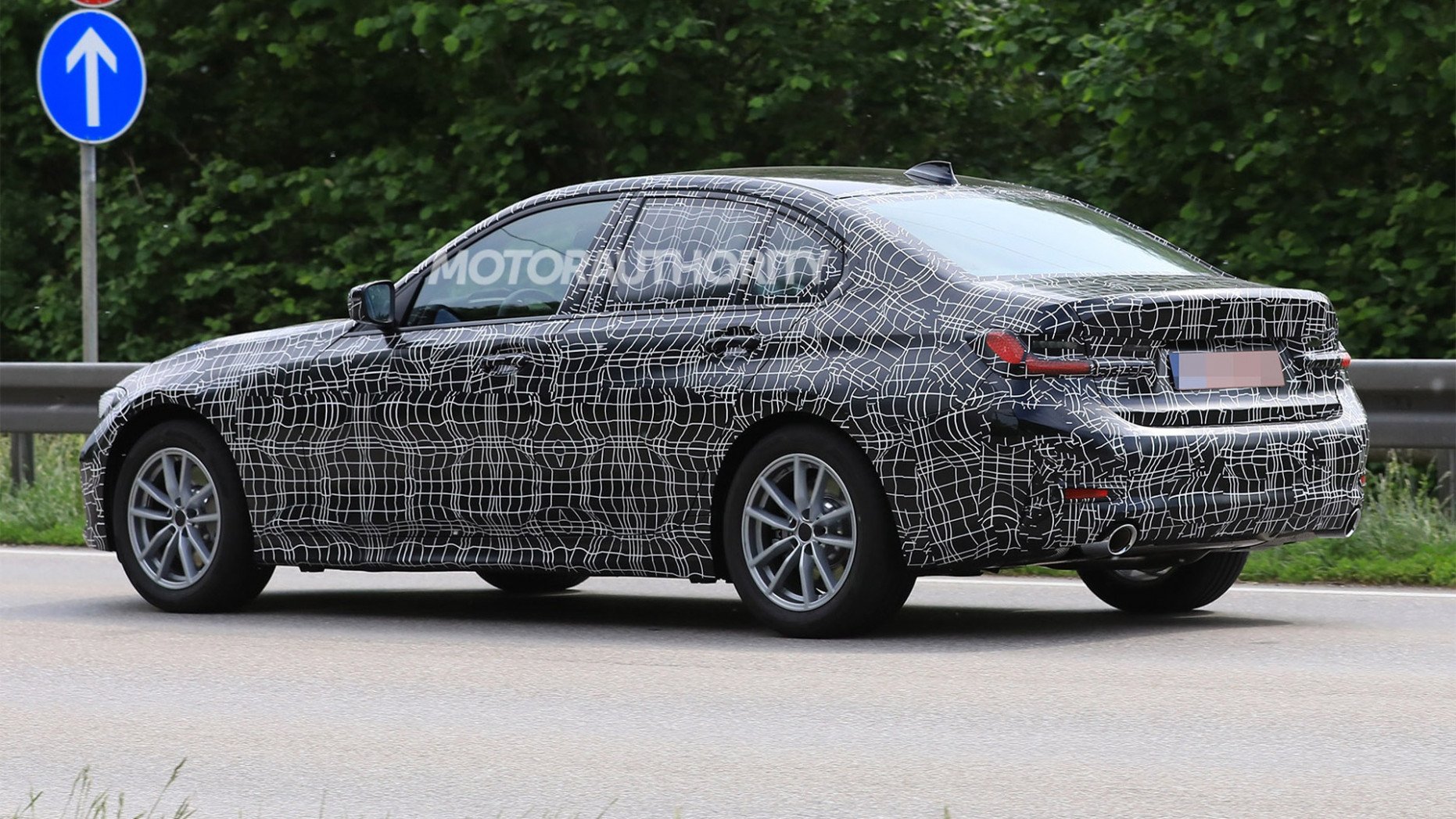 New Model and Performance Spy Shots BMW 3 Series