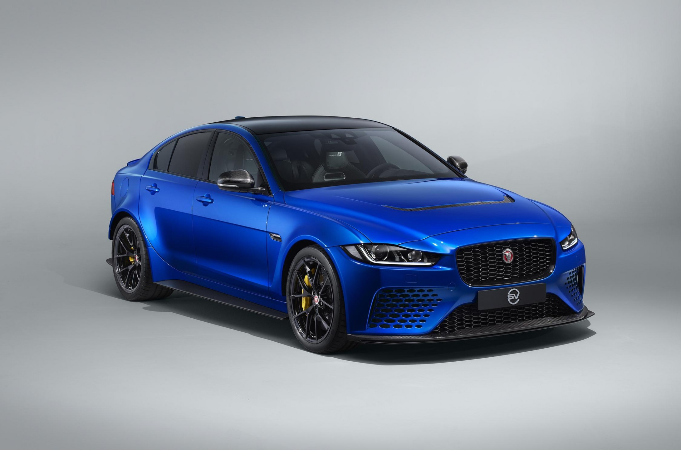 Specs and Review 2022 Jaguar XE