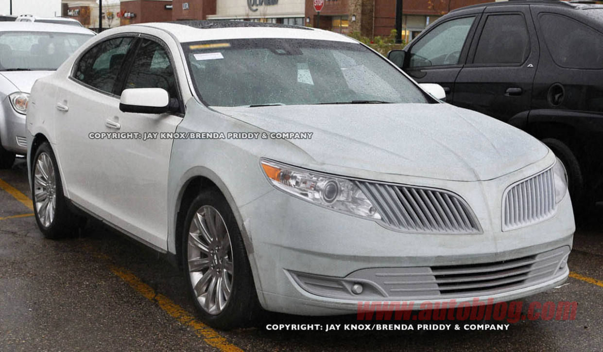 Review 2022 Lincoln MKS Spy Photos