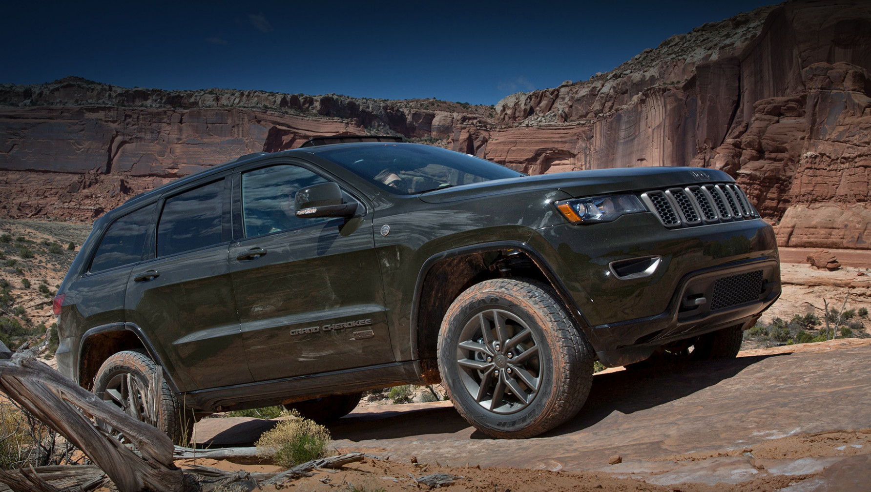 New Model and Performance Jeep Grand Cherokee