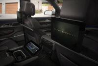 exterior and interior jeep truck 2022 interior