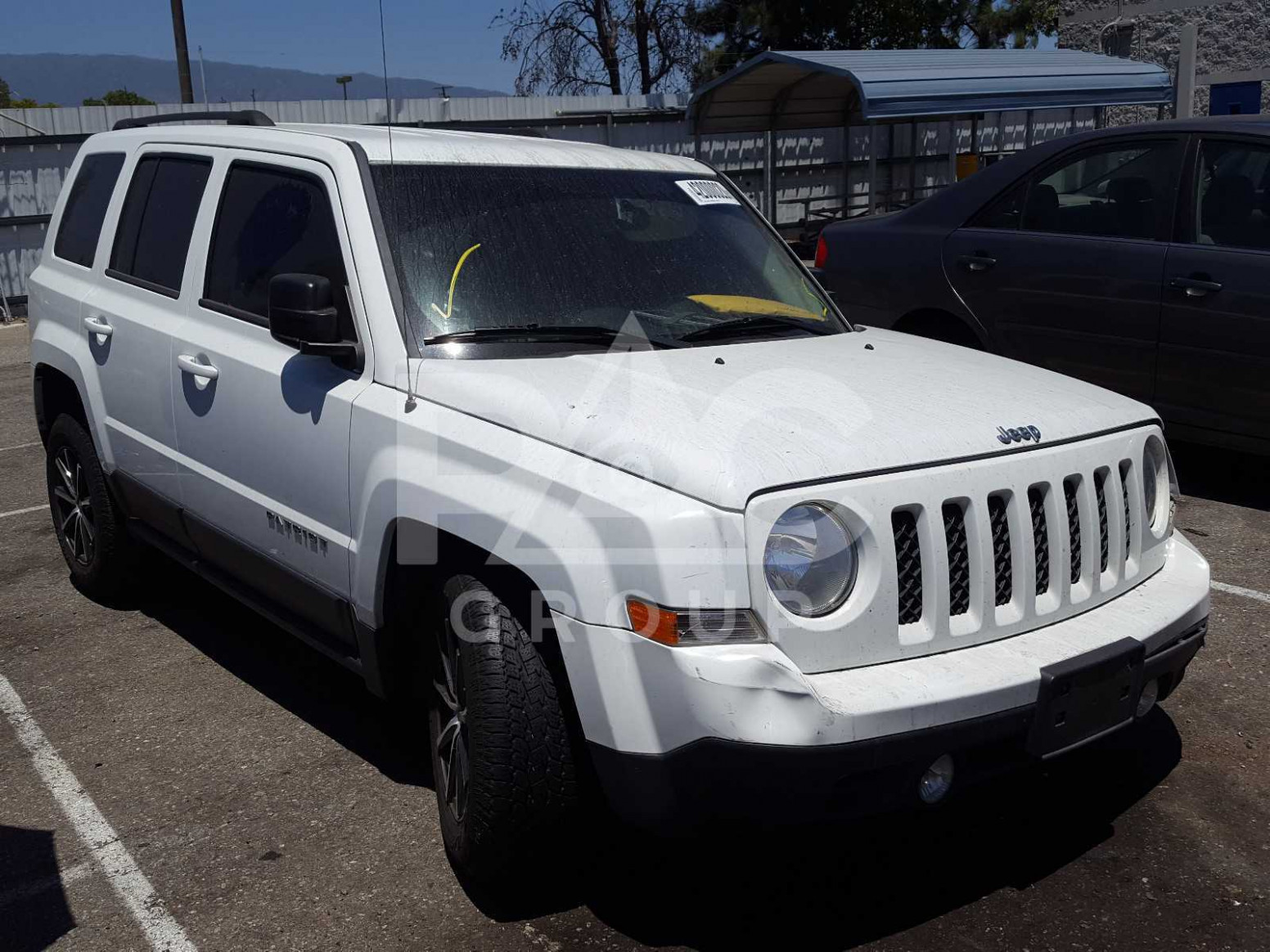 Research New Jeep Patriot 2022