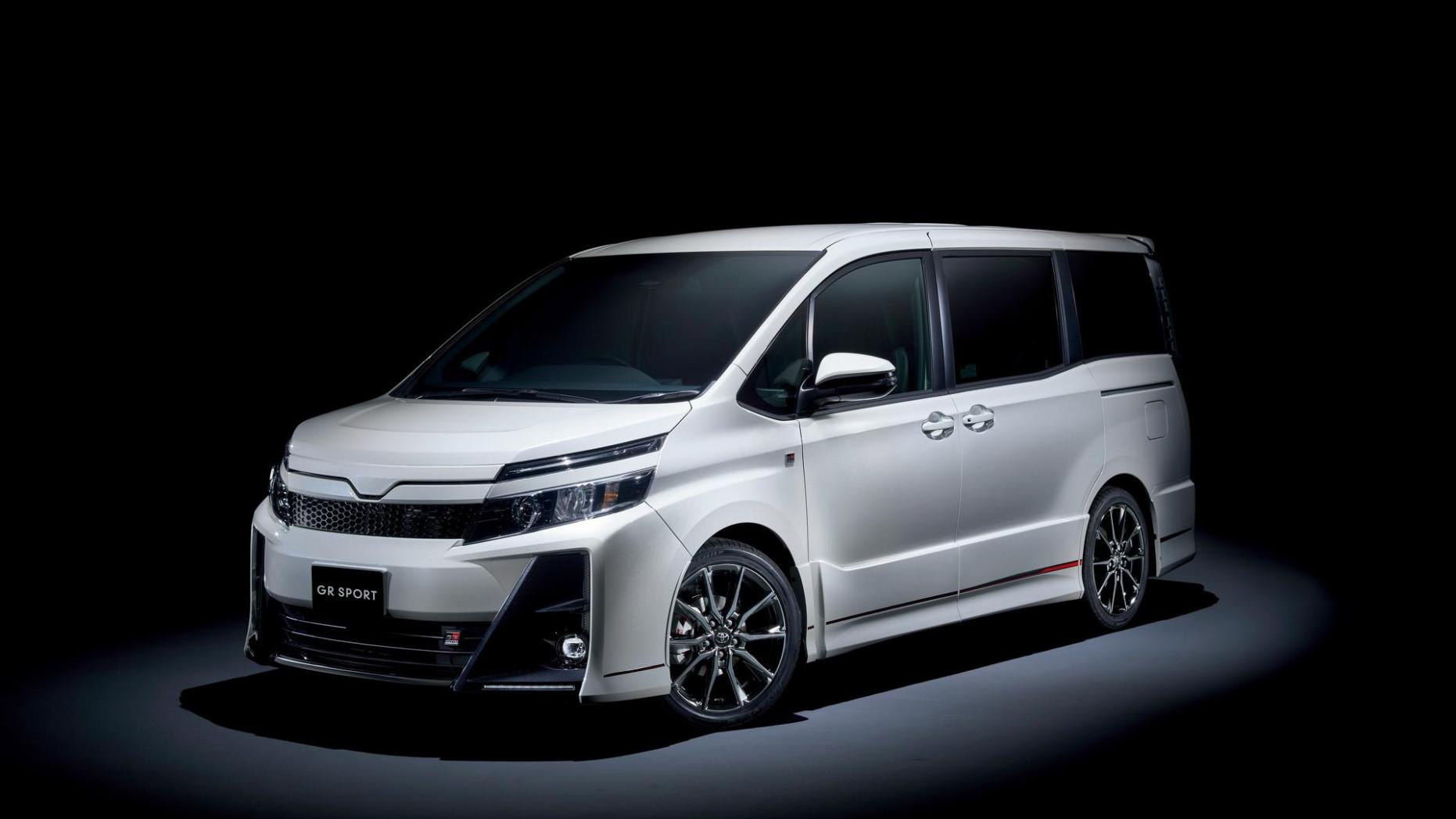 Pricing Toyota Voxy 2022
