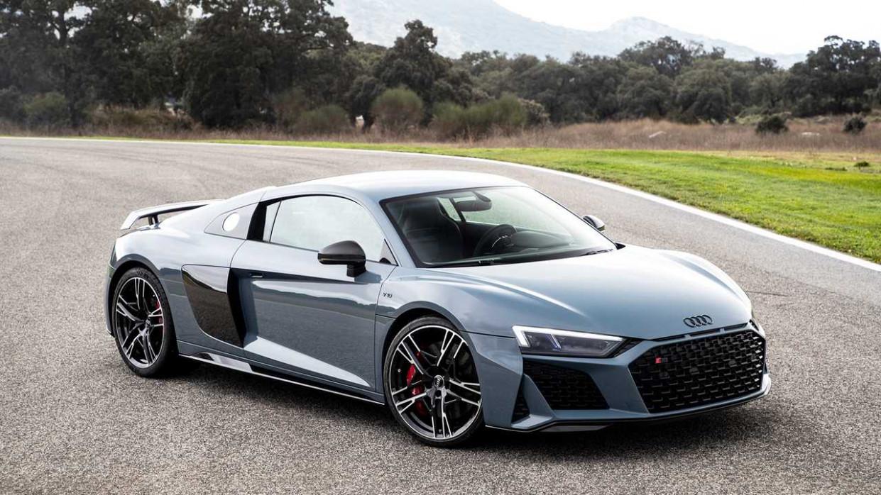 Spy Shoot 2022 Audi R8 LMXs