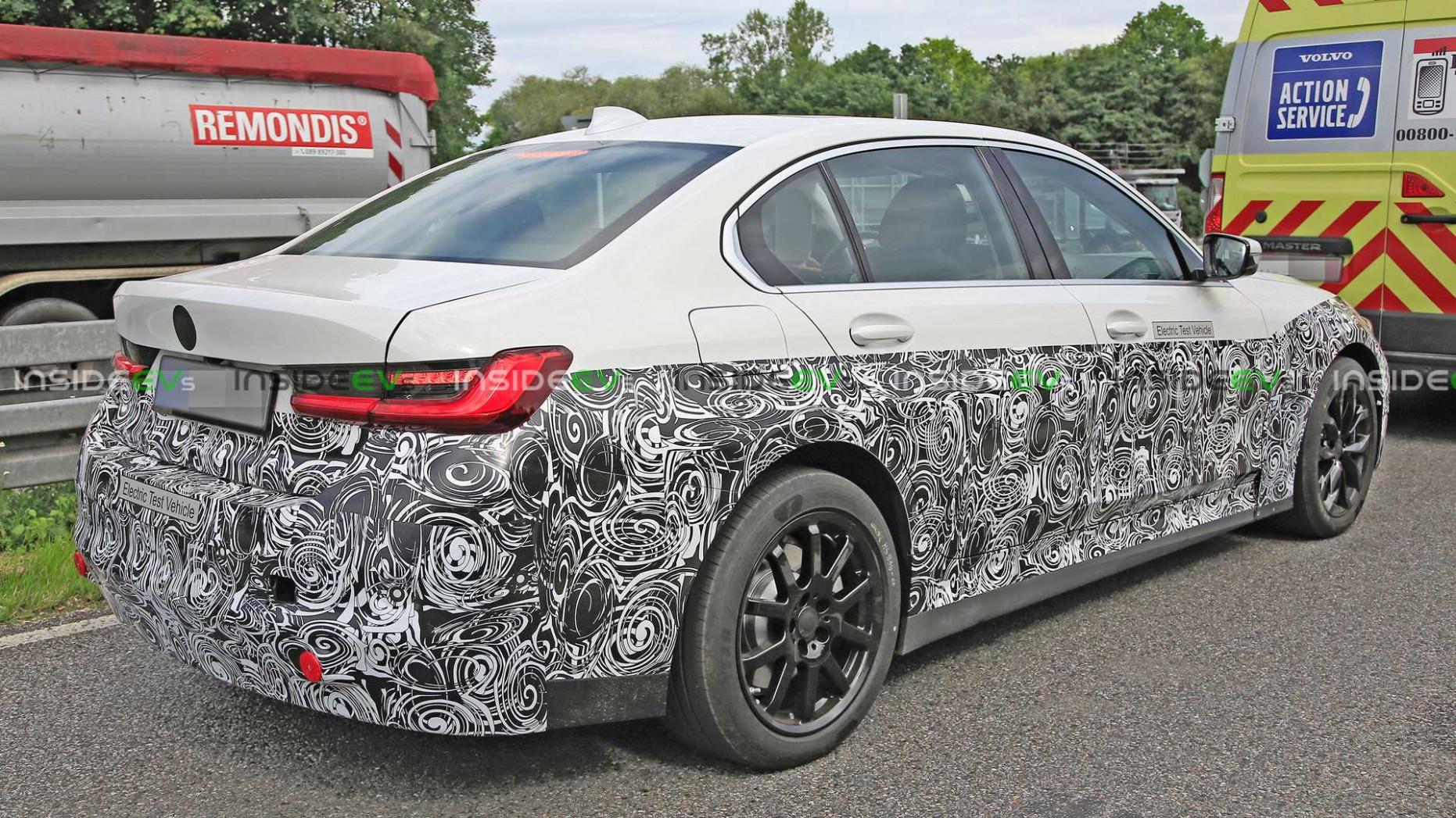 Specs BMW Series 3 2022