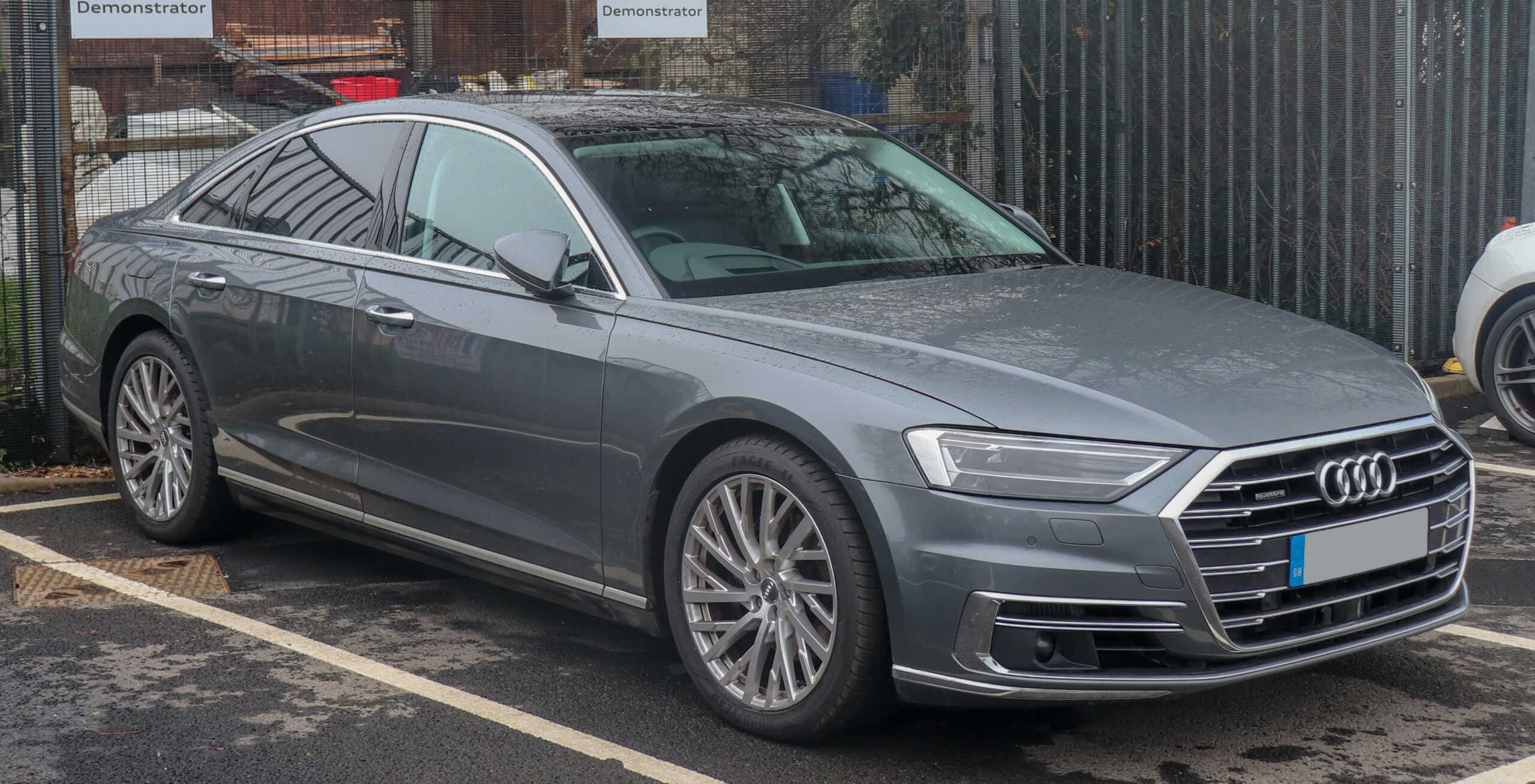 Pictures Audi A8