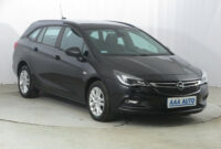 images opel astra kombi 2022