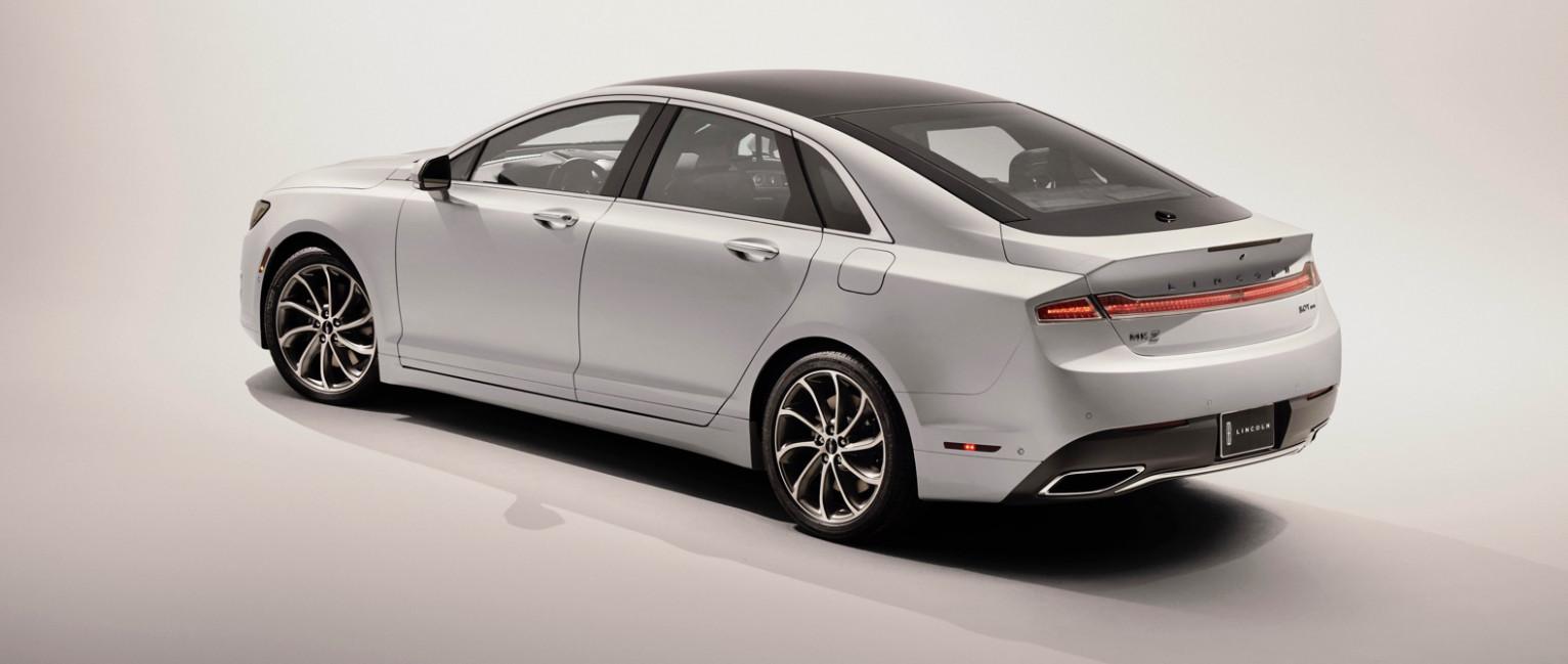 Model 2022 Lincoln MKZ