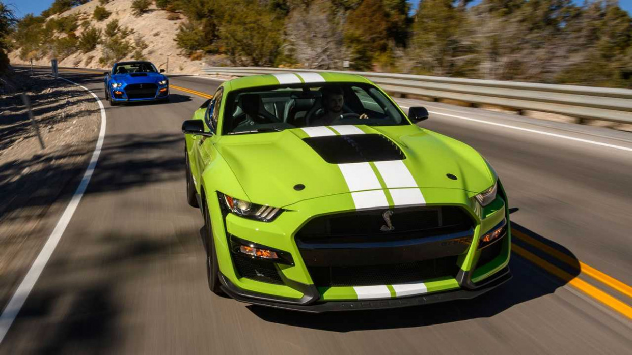 First Drive 2022 Mustang Gt500