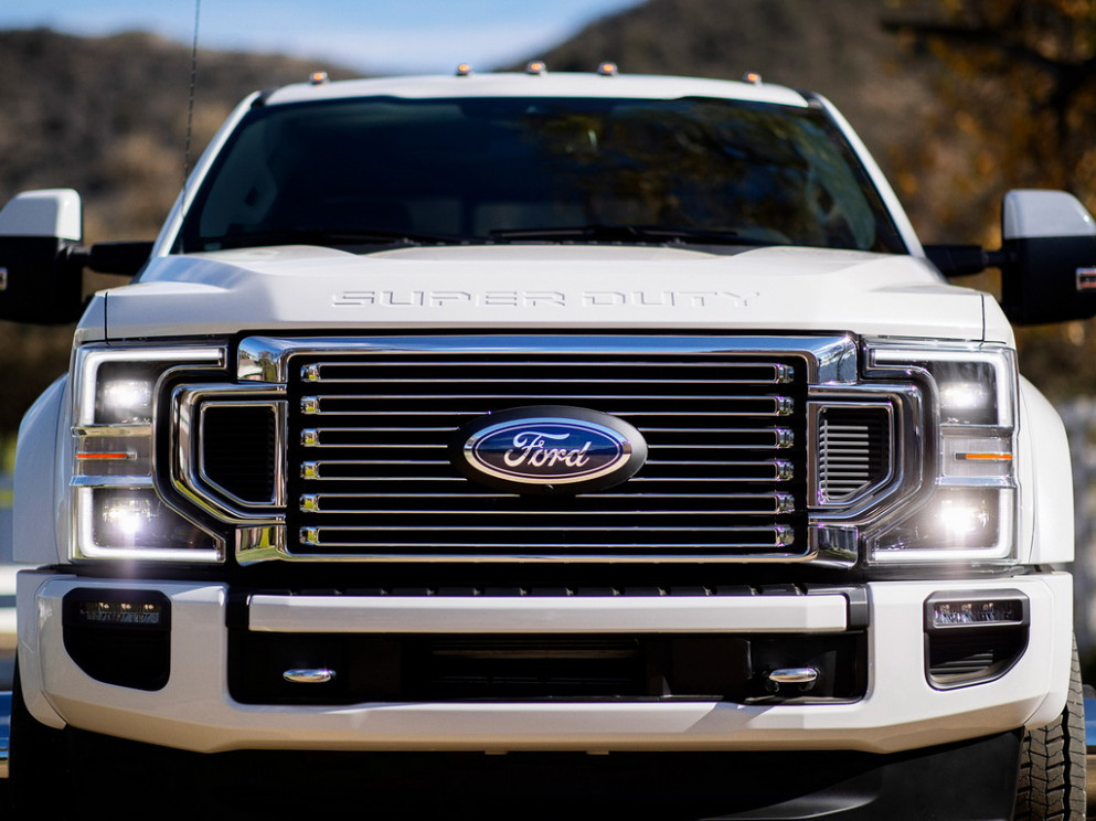 Style Ford Heavy Duty 2022