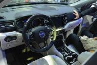 interior jeep commander 2022