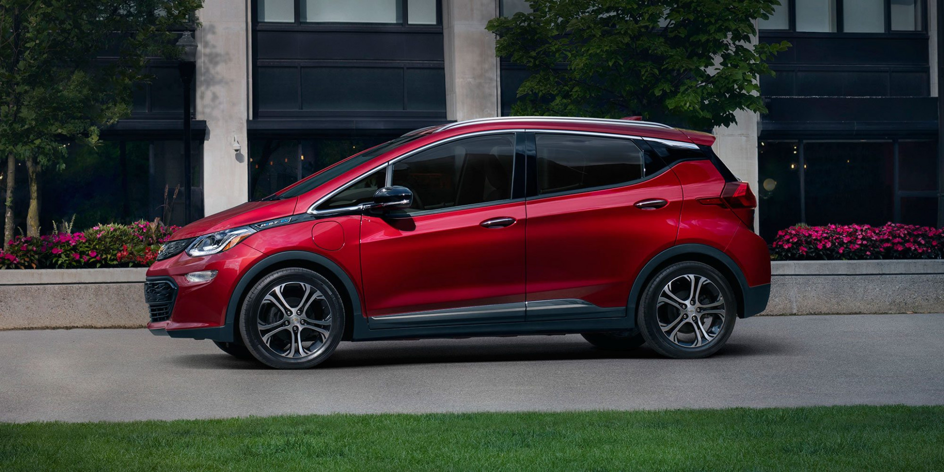 Concept and Review 2022 Chevy Bolt