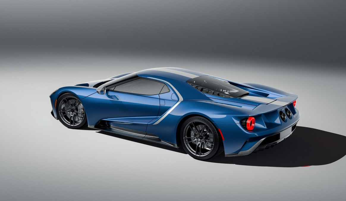 First Drive 2022 Ford GT