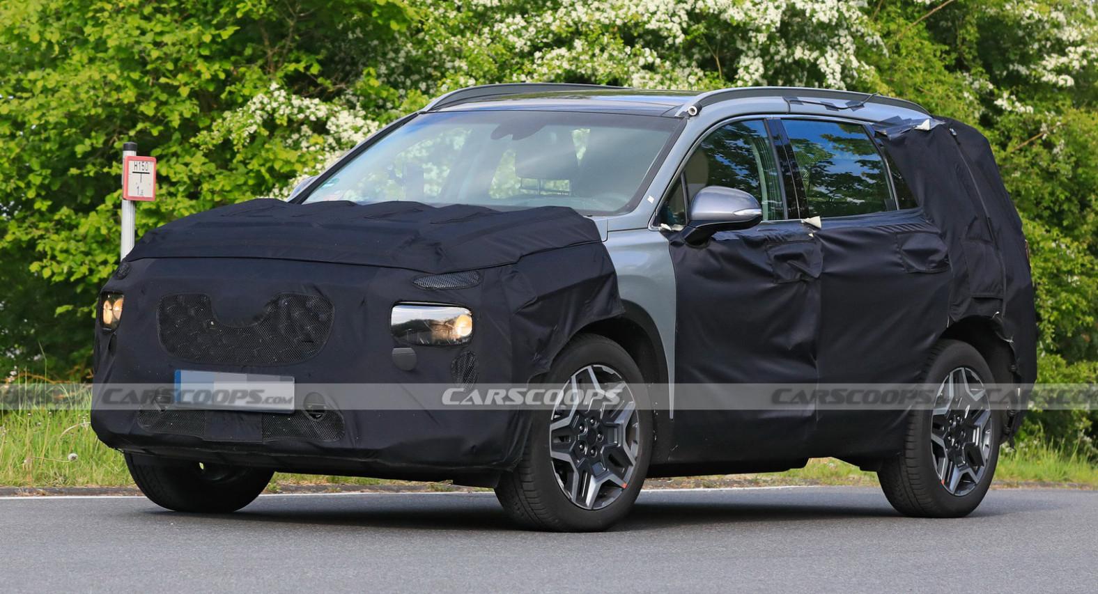 Pictures 2022 Hyundai Santa Fe