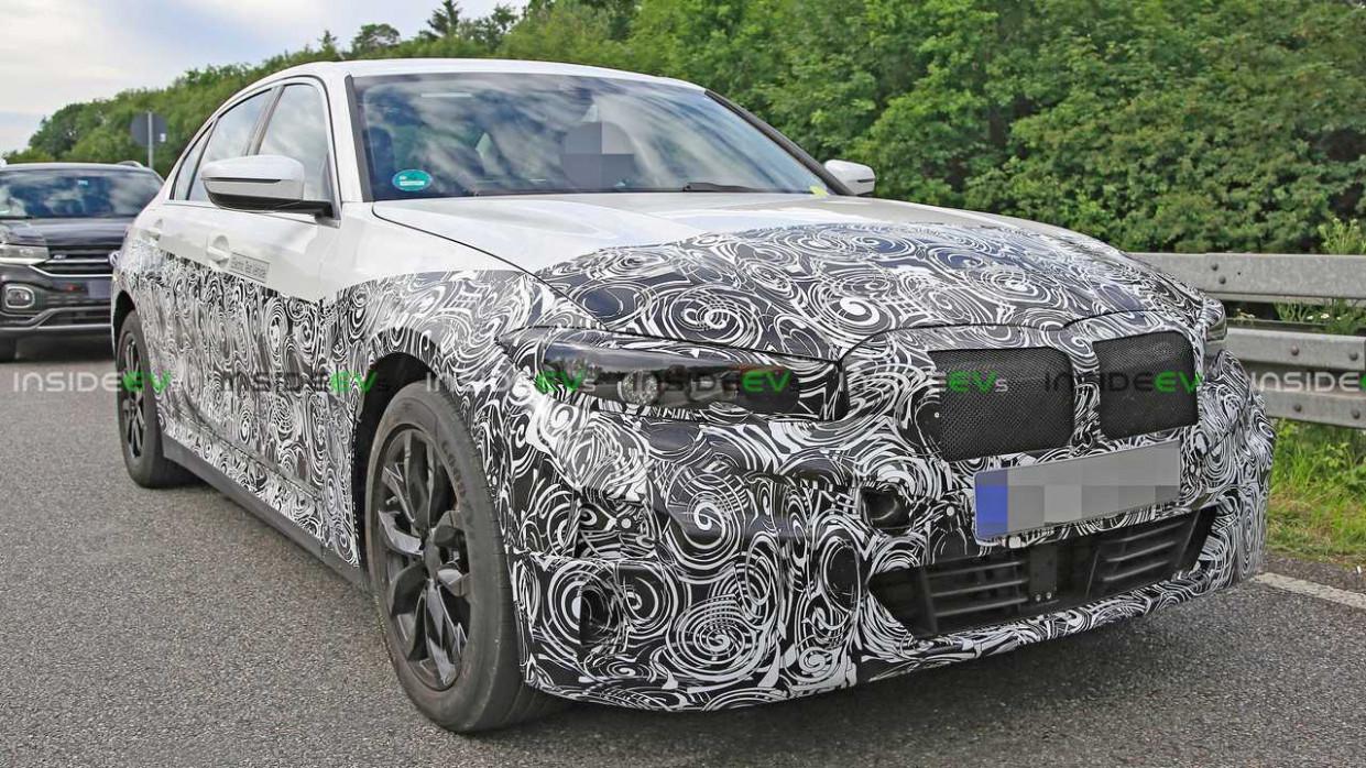 Engine 2022 Spy Shots BMW 3 Series
