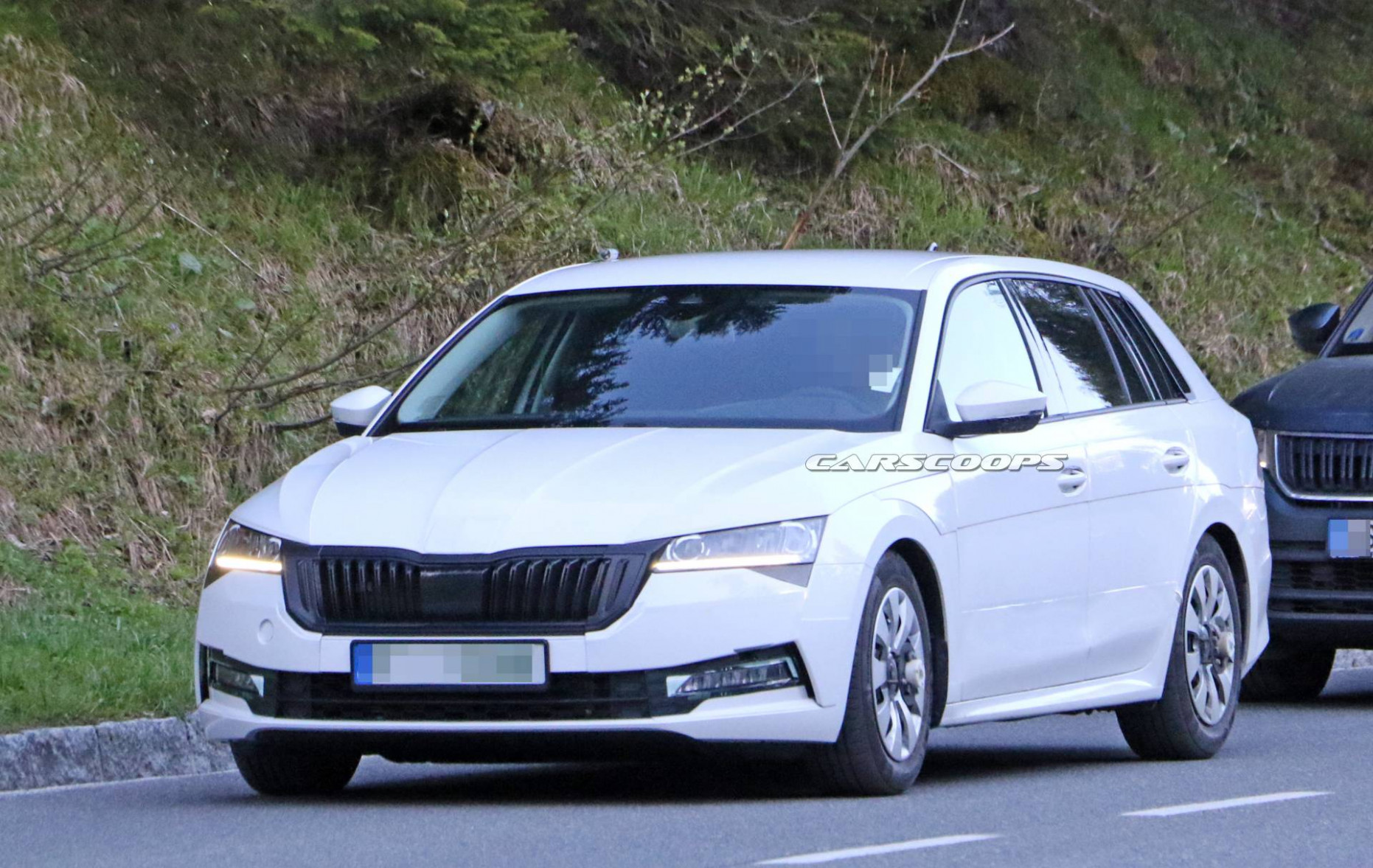 Price and Review 2022 The Spy Shots Skoda Superb