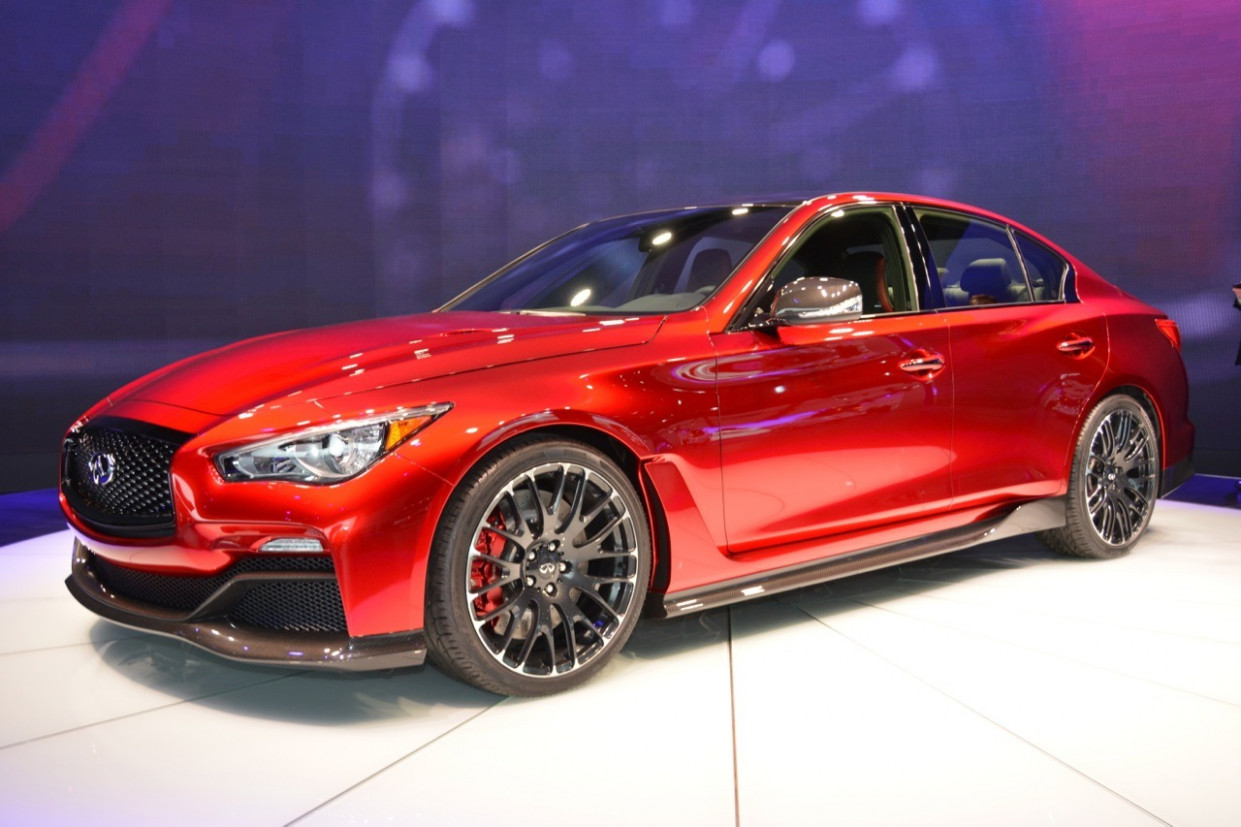 Photos 2022 Infiniti Q50 Coupe Eau Rouge