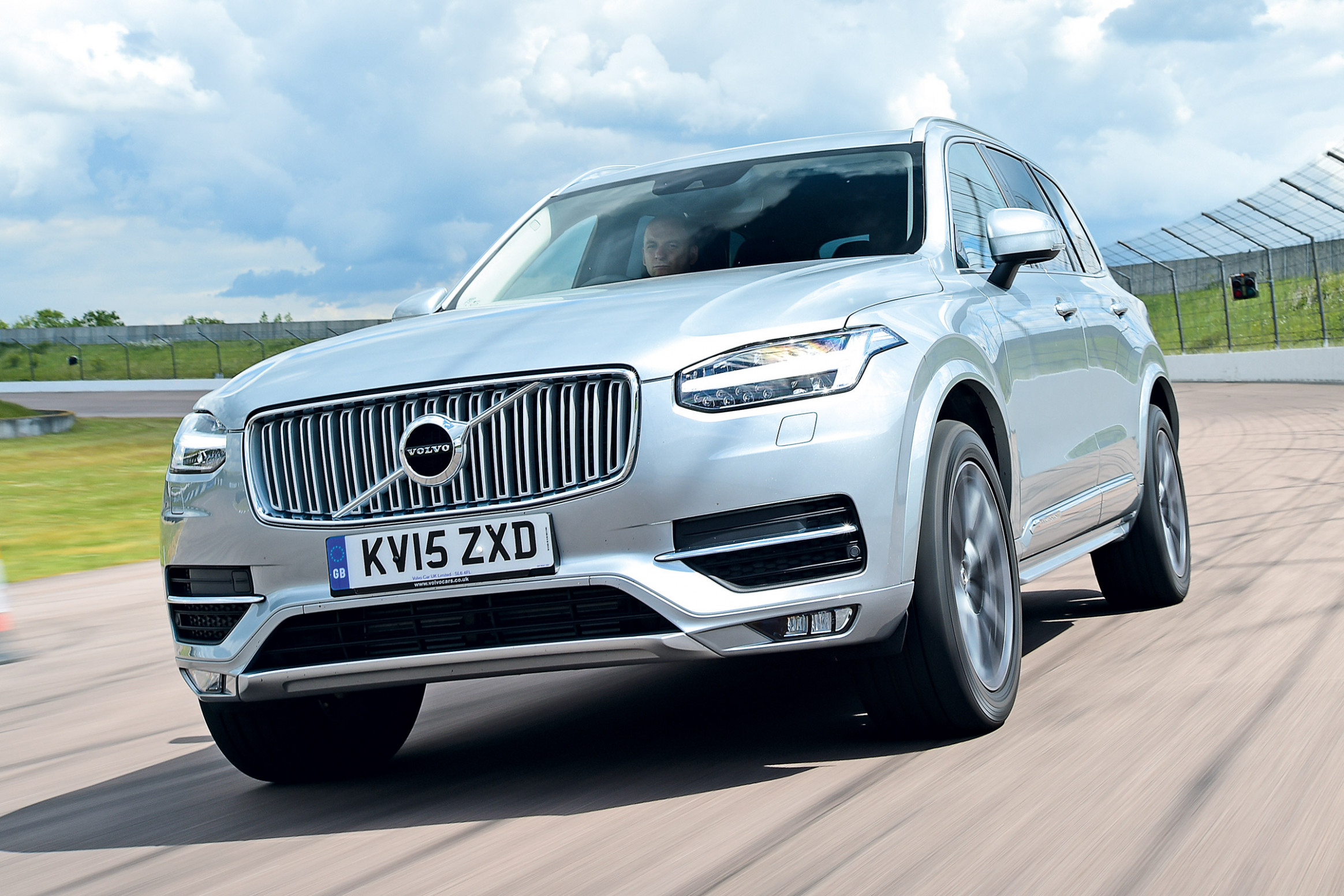 Engine No One Will Die In A Volvo By 2022