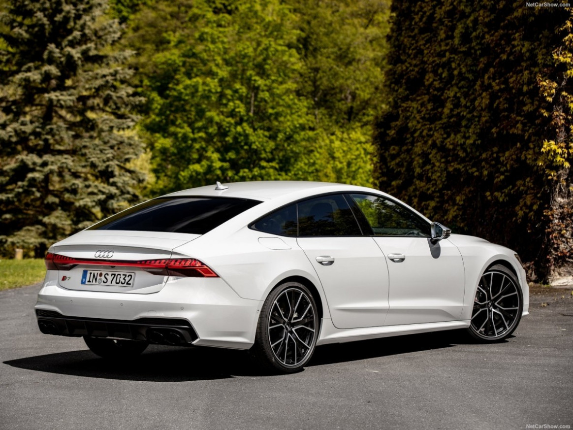 Redesign and Review 2022 Audi S7