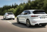 new review 2022 porsche cayenne turbo s
