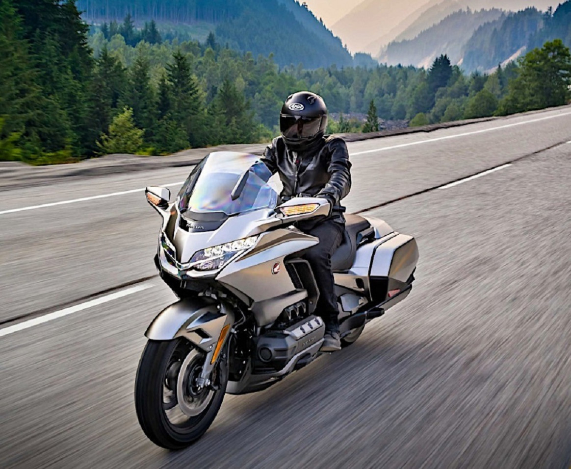 Speed Test 2022 Honda Gold Wing