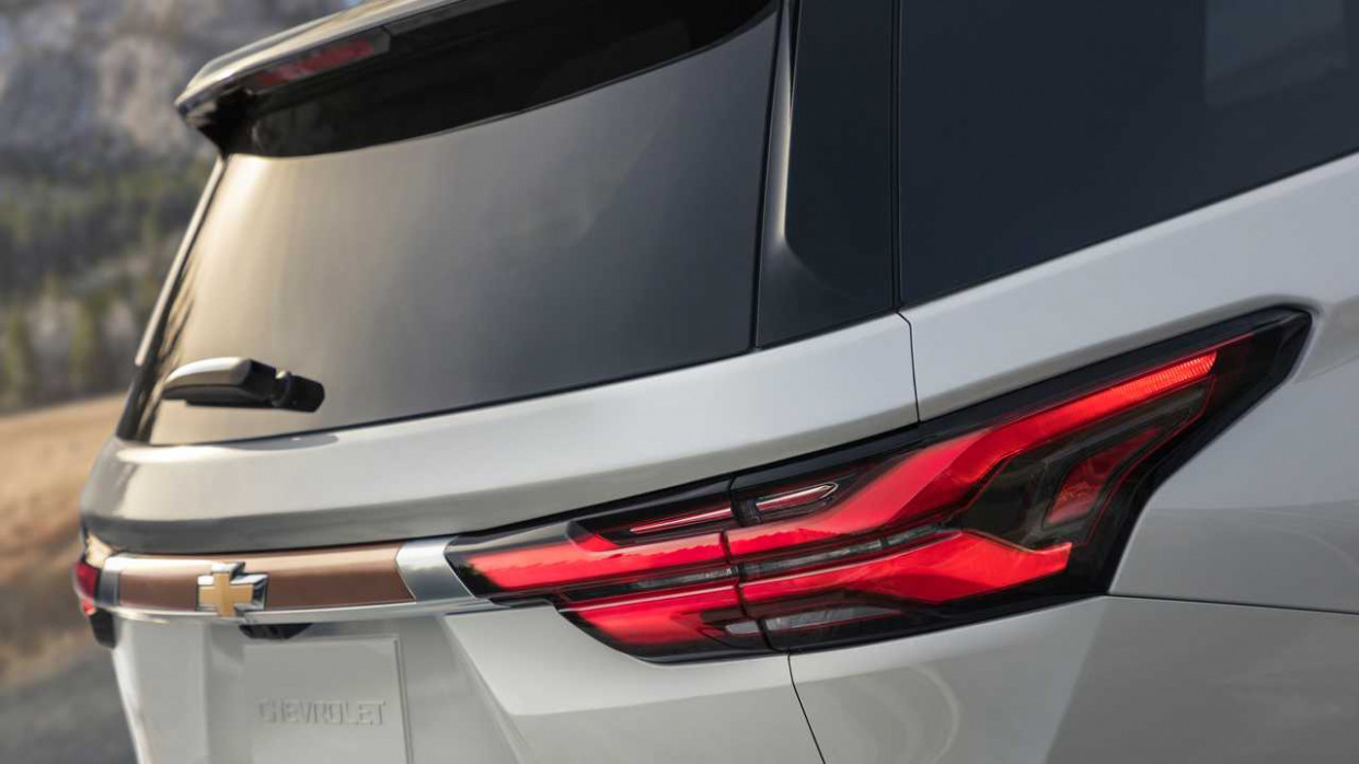 Exterior and Interior Chevrolet Traverse 2022