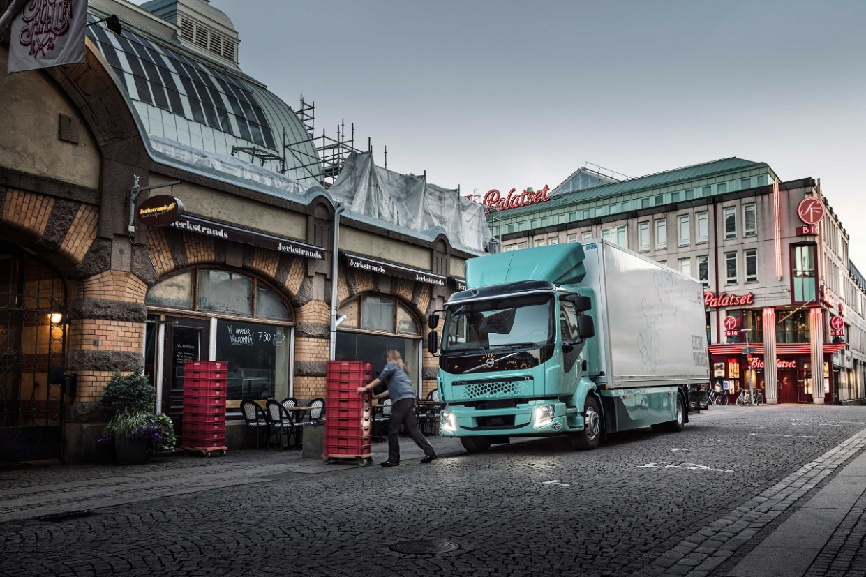 Spesification Volvo Electric By 2022
