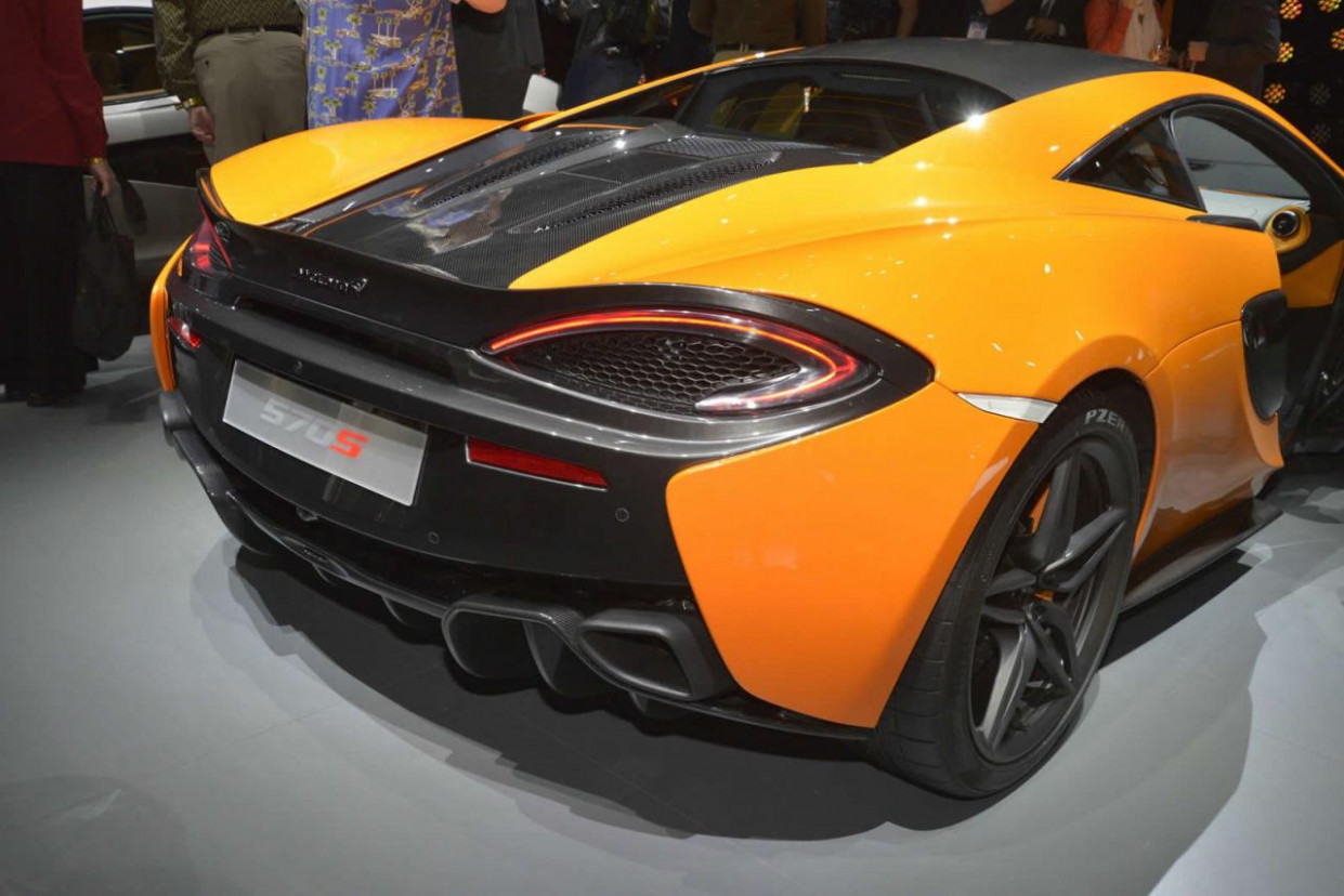 Ratings 2022 McLaren 570S Coupe