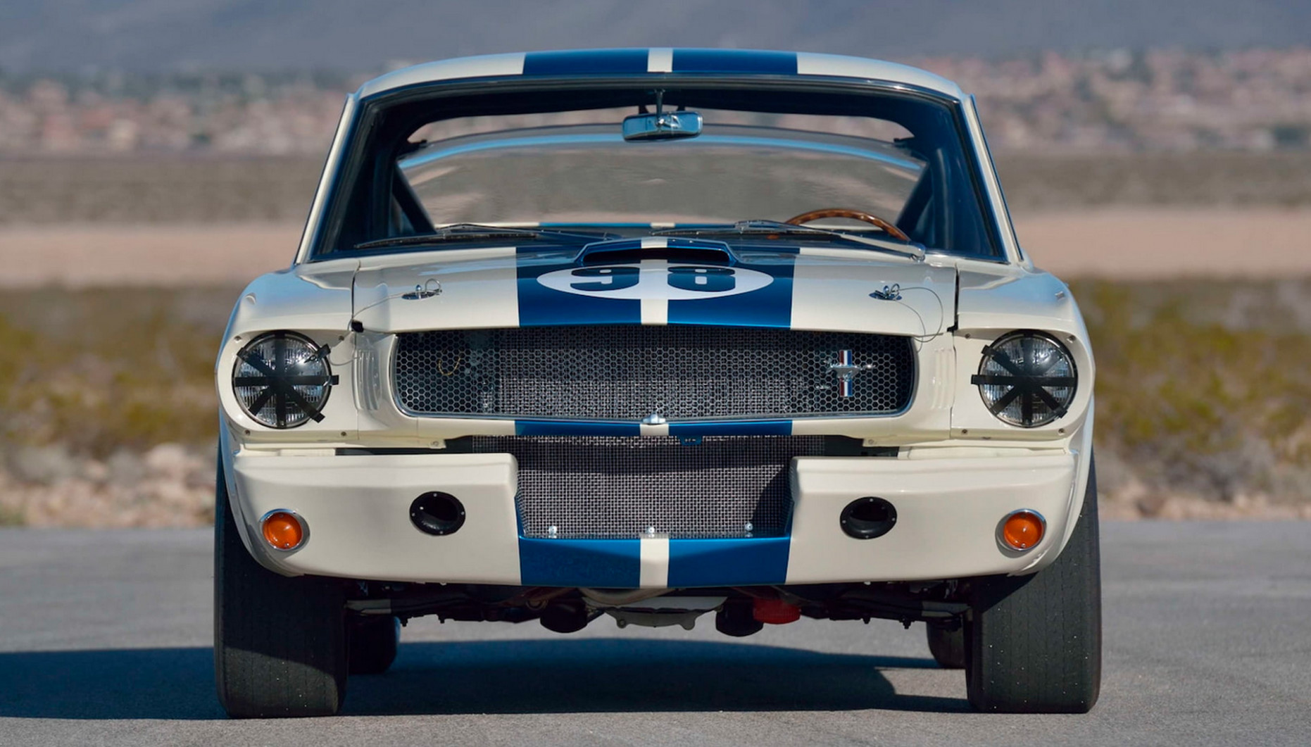 Performance and New Engine 2022 Ford GT350
