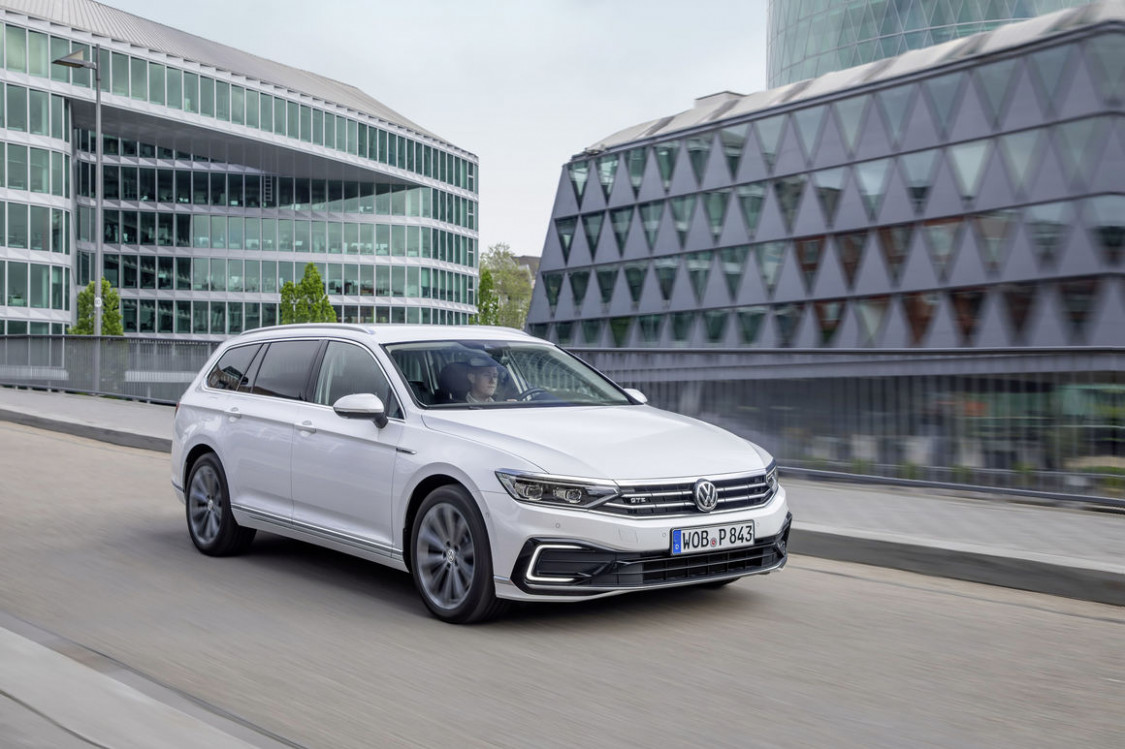 Redesign and Review 2022 Volkswagen Passat