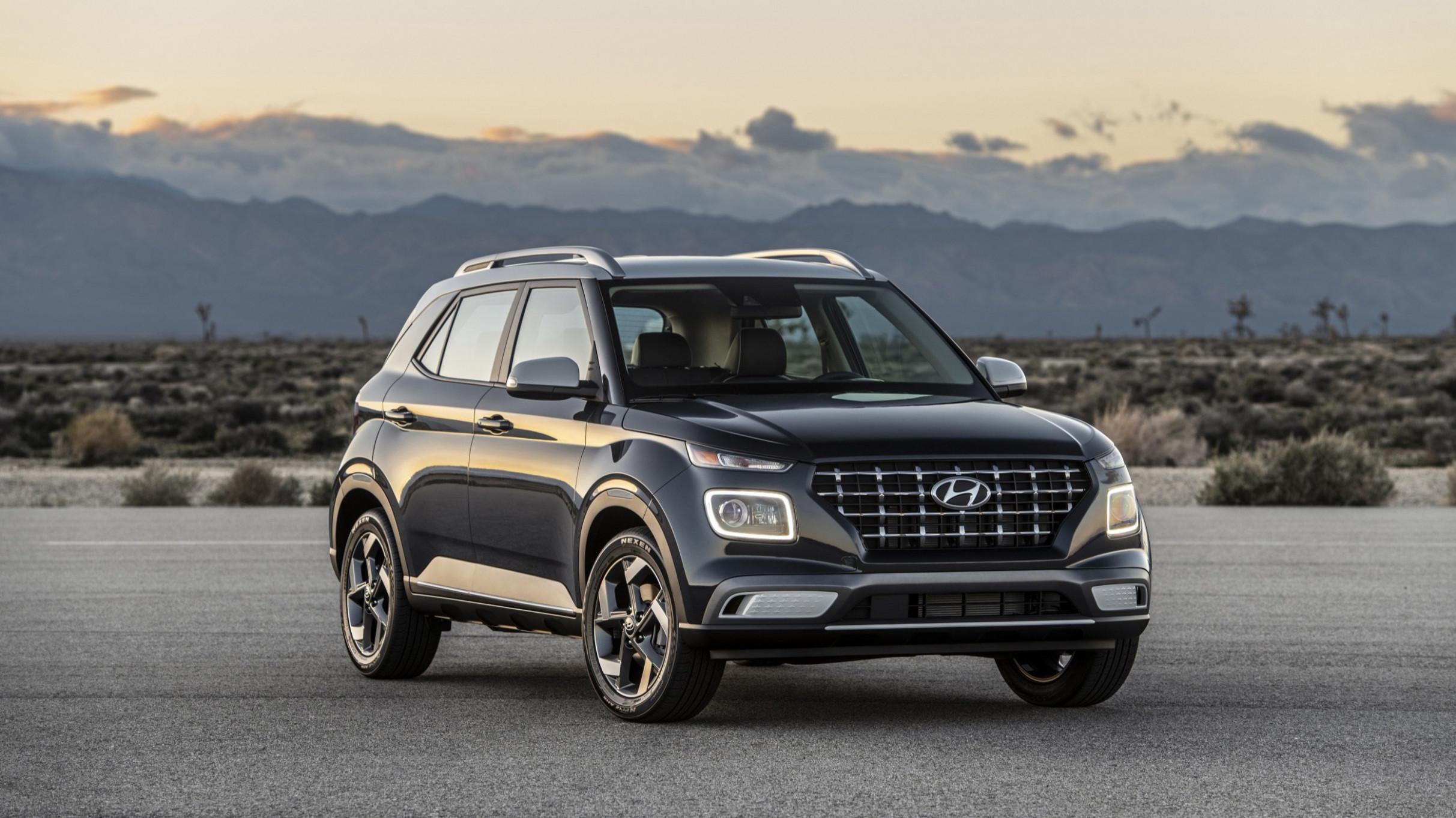 History Hyundai Venue 2022 Price