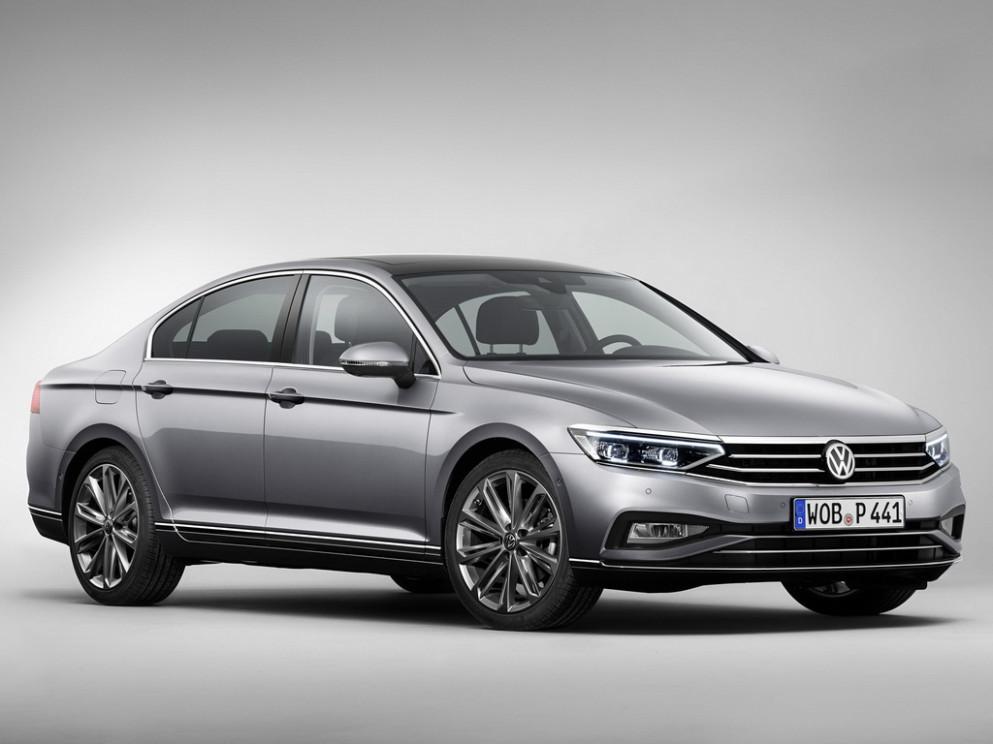 Performance Volkswagen Passat 2022 Europe