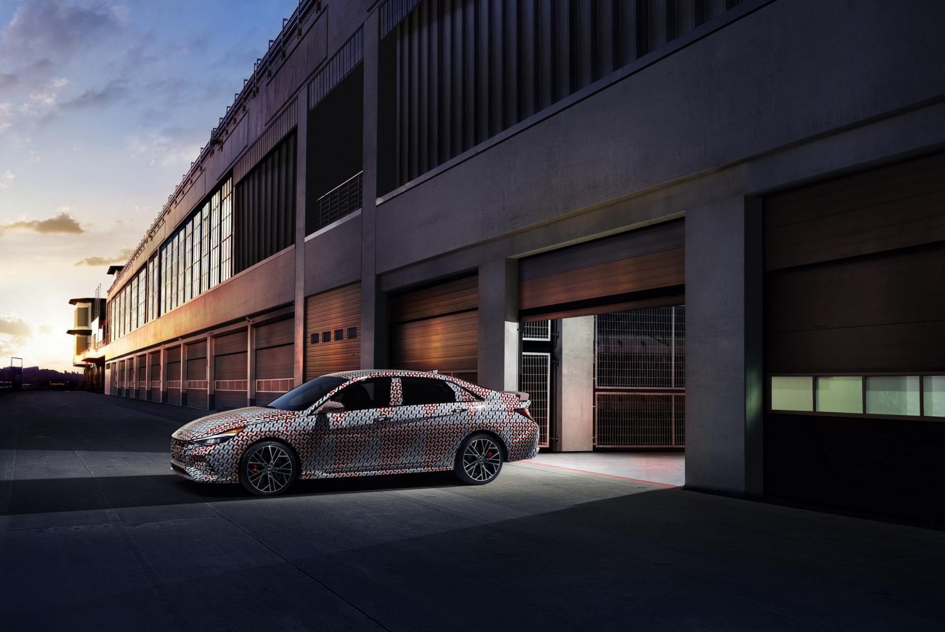 Style 2022 Hyundai Elantra