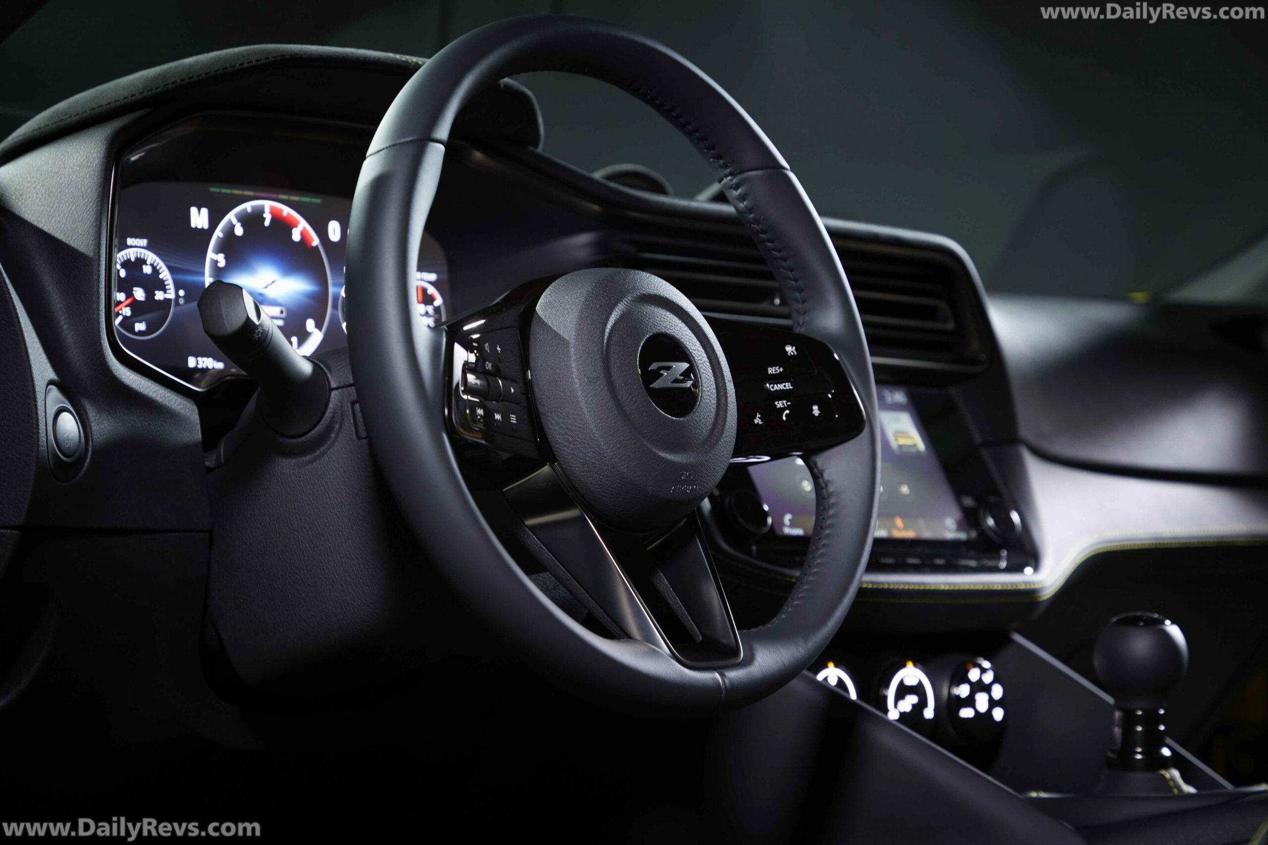 History Nissan Concept 2022 Interior
