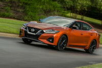 photos when does the 2022 nissan maxima come out