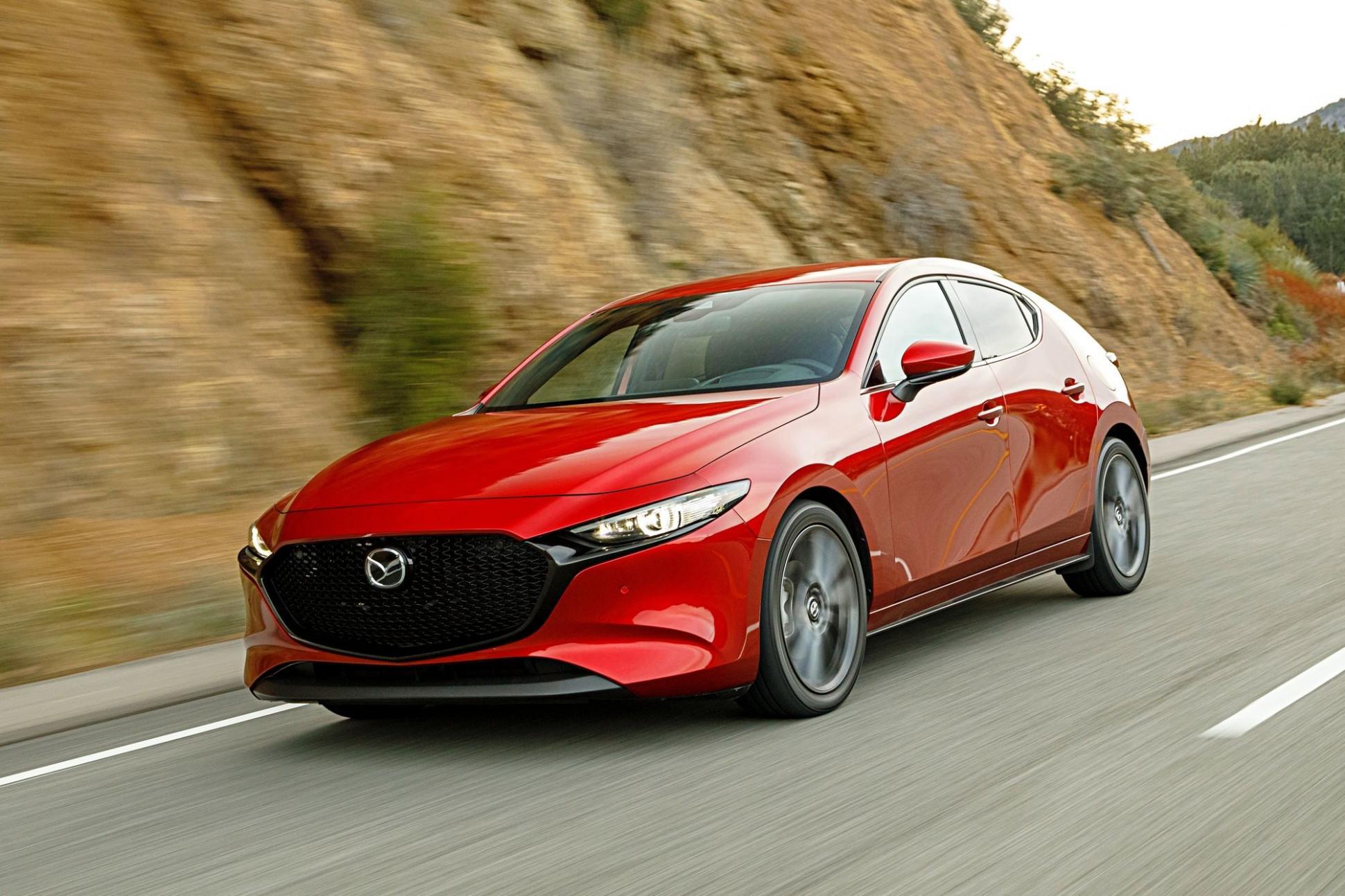 Picture 2022 Mazda 3 Turbo