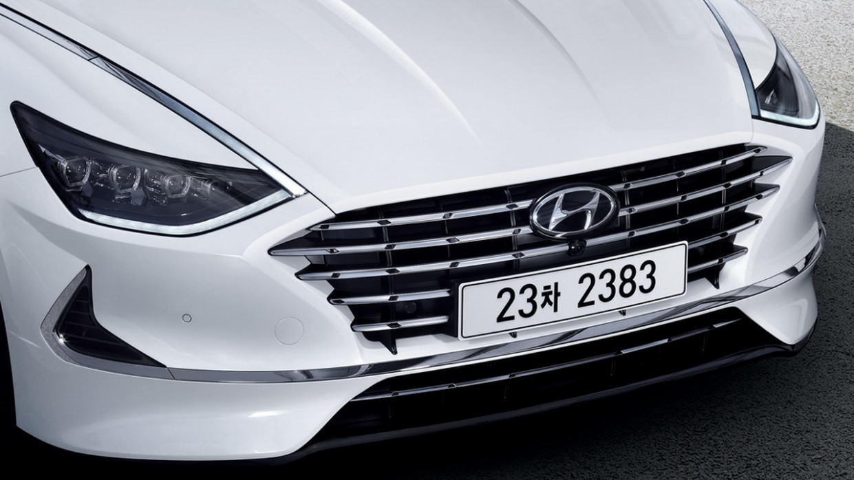 Picture 2022 Hyundai Sonata Hybrid
