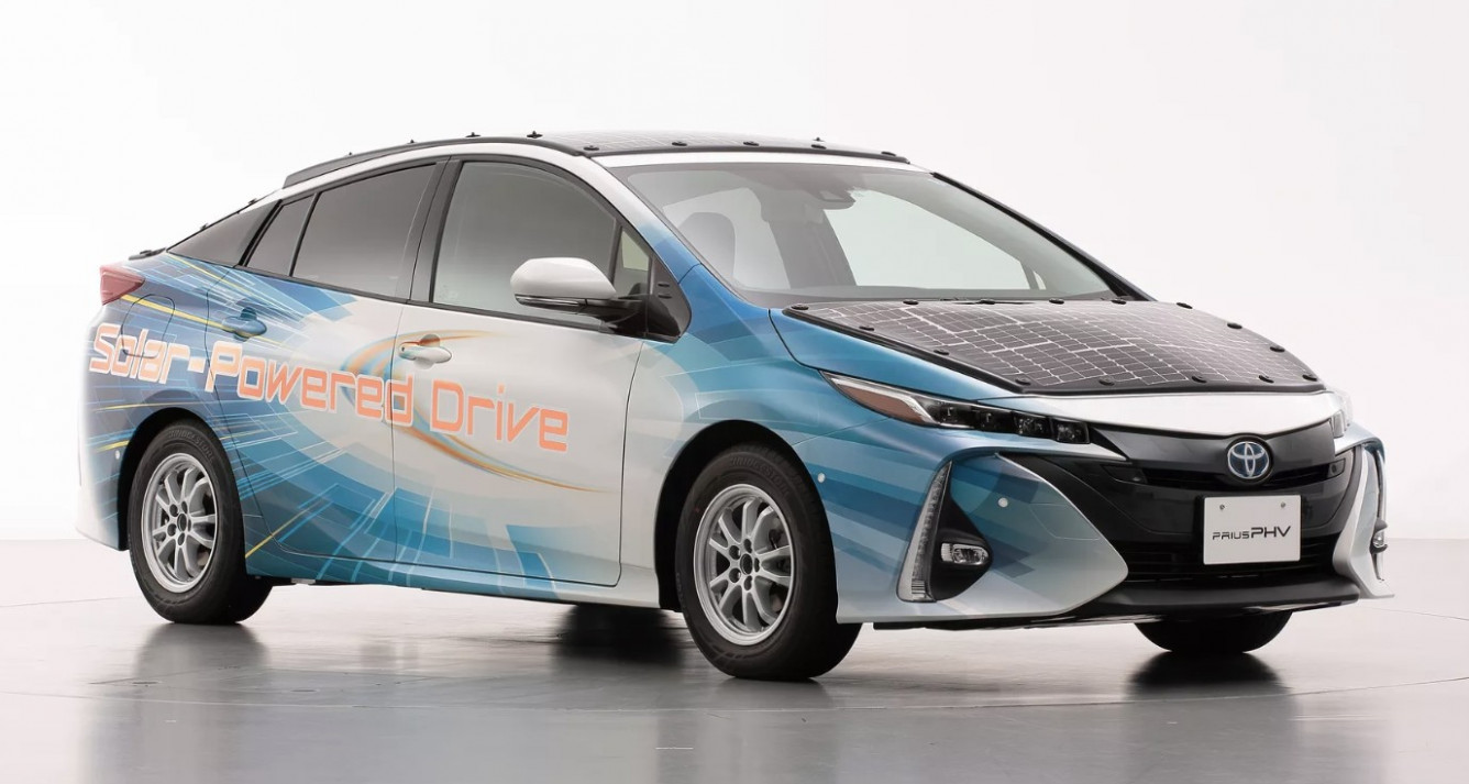 First Drive 2022 Toyota PriusPictures
