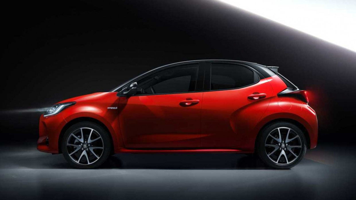 Redesign Toyota Yaris Hatch 2022