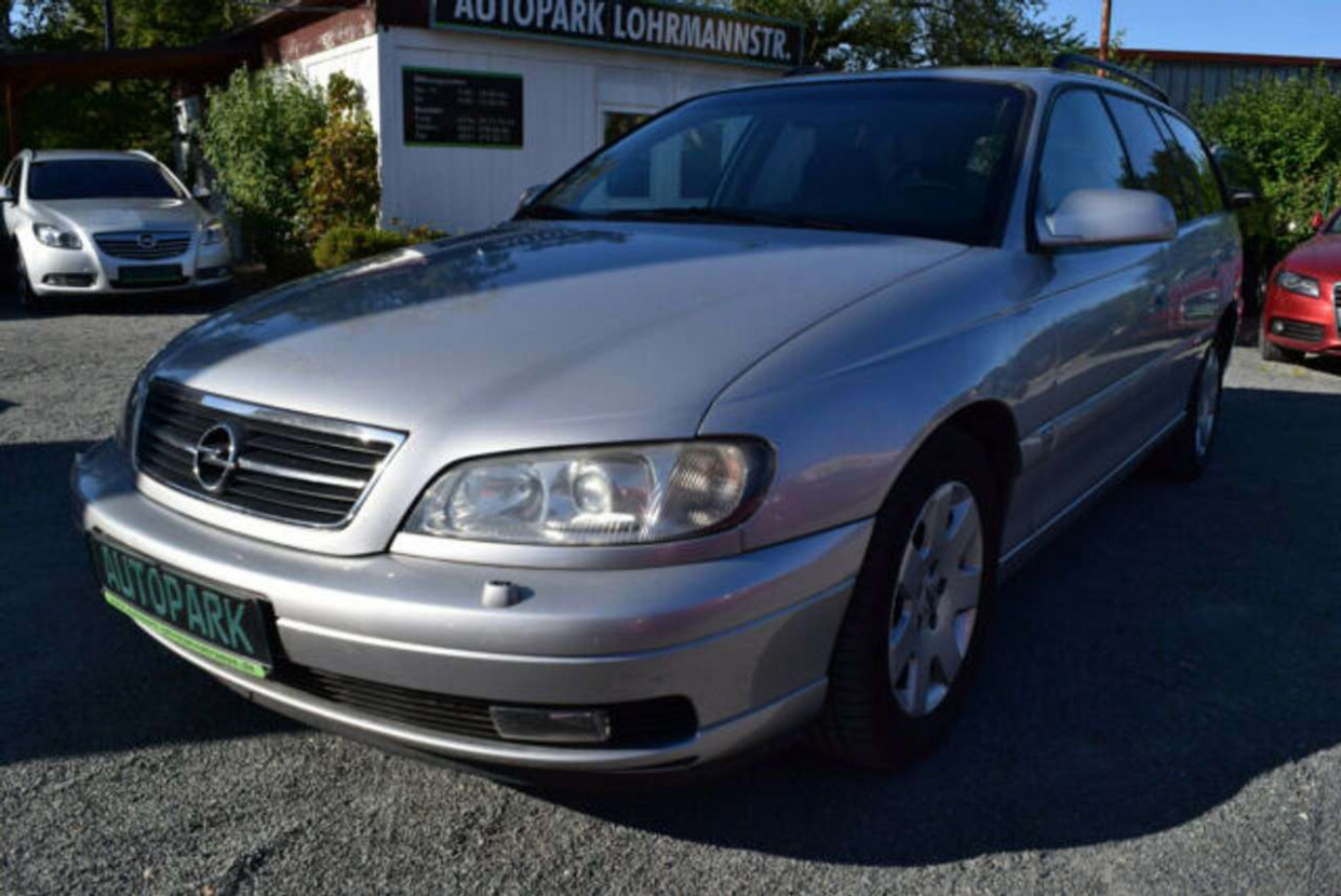 Images Opel Omega 2022