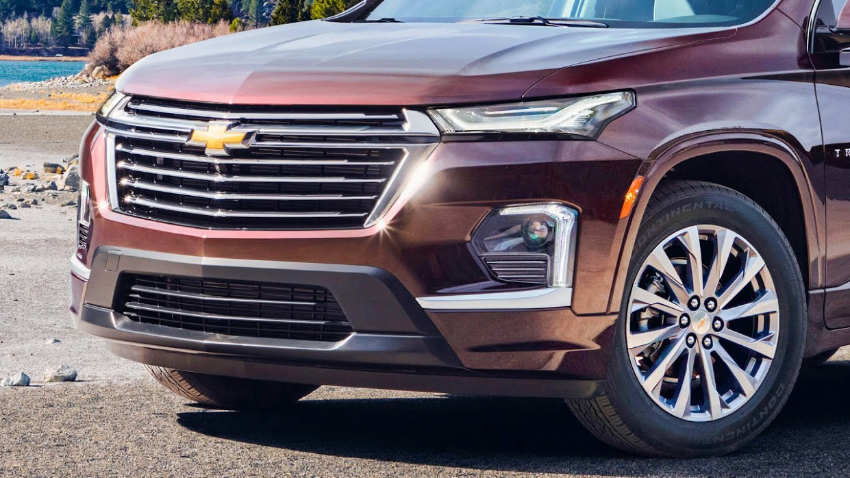 Exterior and Interior Chevrolet Traverse 2022