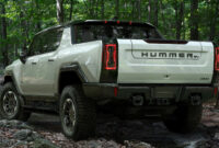 ratings 2022 chevy avalanche